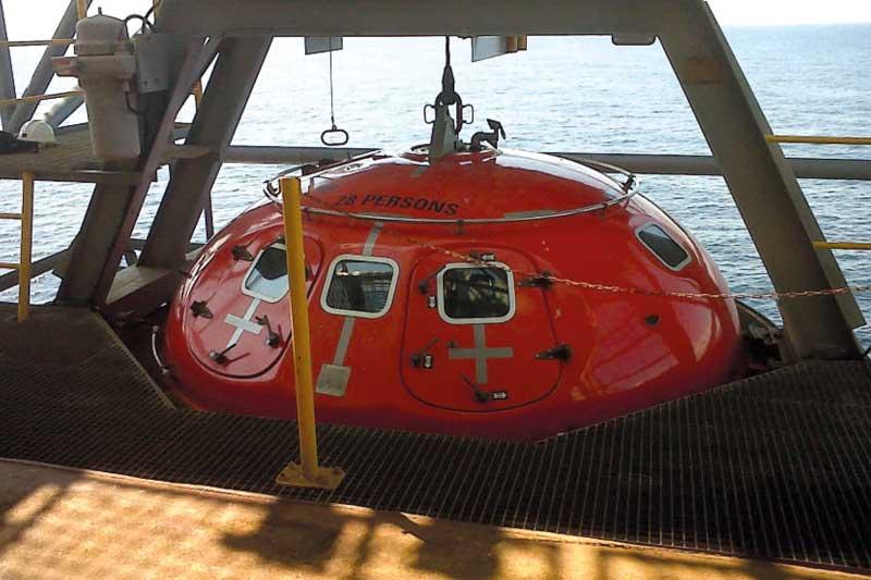 28 man lifeboat capsule