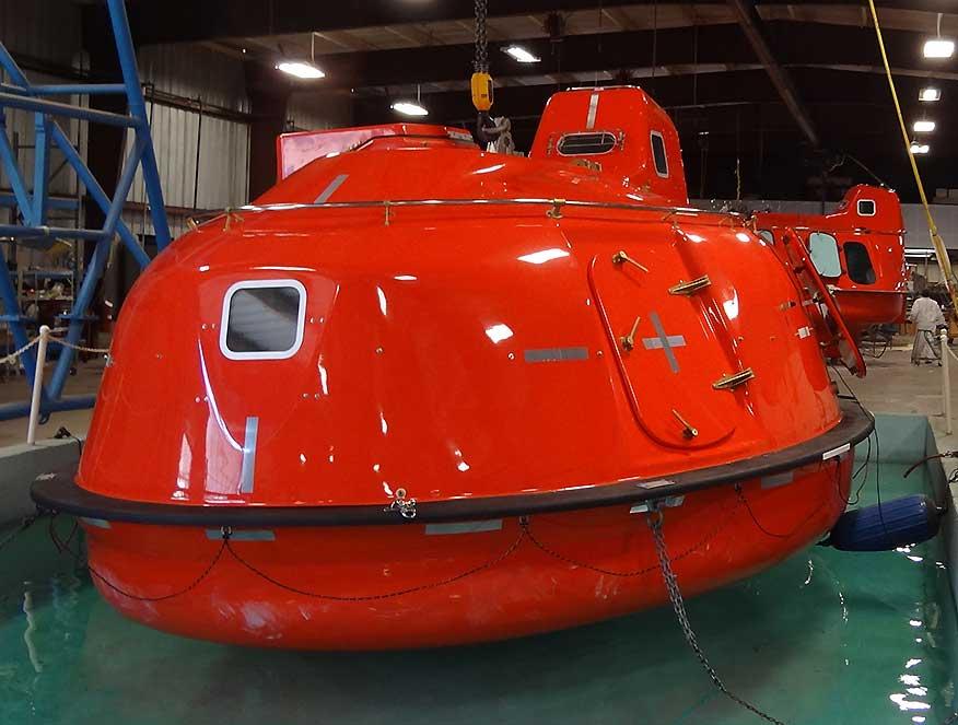 60 man lifeboat capsule
